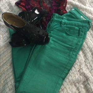 """Guess """"Britney skinny"""" mint jeans"""